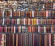Fond des ceintures en cuir olored Images stock