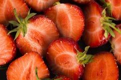 Fond des fraises fraîches de coupe Images stock