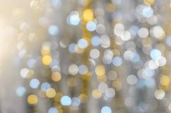 Fond des lumières fortement brouillées des guirlandes photographie stock