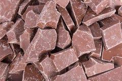 Fond des morceaux bruns de chocolat Image libre de droits