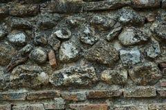 Fond des pierres géométriques traitées avec différentes couleurs o Photos stock