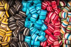 Fond doux de nourriture de sucrerie vibrante colorée photos stock