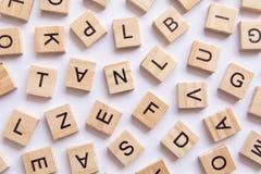 fond du type en bois blocs d'impression, lett aléatoire d'impression typographique Images libres de droits