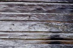 Fond en bois antique de mur de rondin Photos libres de droits