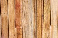 Fond en bois avec des noeuds et des trous de clou Photographie stock libre de droits
