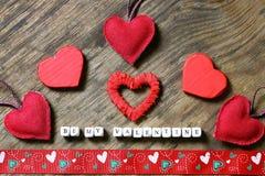 Fond en bois avec la forme de coeur Images libres de droits