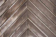 Fond en bois brun foncé diagonal vide images libres de droits
