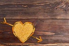 Fond en bois de jour de valentines Image libre de droits