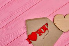 Fond en bois de jour de valentines Photos stock