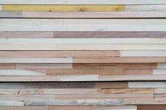 Fond en bois de pile Images libres de droits