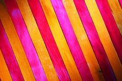 Fond en bois de texture de cloison de séparation de thème rouge et jaune d'indigo approximatif de cru faites écrire un certain es photographie stock libre de droits