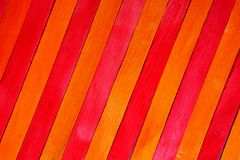 Fond en bois de texture de cloison de séparation de thème rouge et jaune d'indigo approximatif de cru faites écrire un certain es images stock