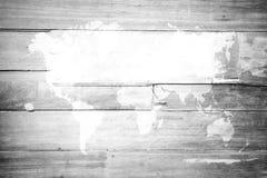Fond en bois de texture, processus dans la couleur blanche avec la carte du monde Images stock