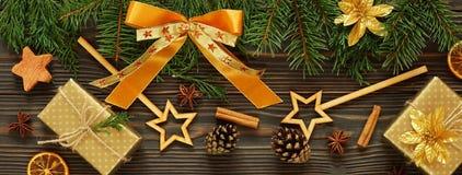 Fond en bois foncé de Noël ou de nouvelle année, Photo stock