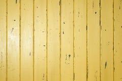 Fond en bois jaune Photos libres de droits
