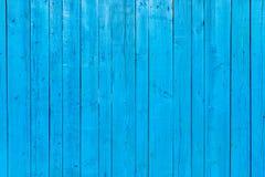 Fond en bois peint par bleu vibrant images stock