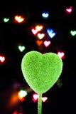 Fond en forme de coeur d'objet et de tache floue Photographie stock libre de droits