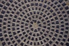 Fond en métal - couverture d'égout de trou d'homme Photo libre de droits