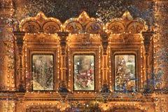 Fond fabuleux, fenêtre de Noël Photographie stock libre de droits