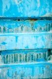 Fond fait de récipient bleu en métal Photographie stock libre de droits