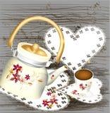 Fond grunge avec les bonbons à théière et la cuvette de thé sur un en bois Photos stock