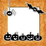 Fond grunge de Halloween avec les potirons noirs, Photographie stock libre de droits