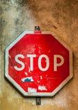Signe grunge d'arrêt Images libres de droits