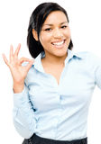 Fond heureux de blanc de signe d'ok de femme d'afro-américain Image stock
