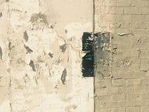 Fond industriel de épluchage peint sale de brique de mur Images stock