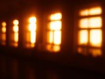 Fond intérieur de bokeh de fenêtres diagonales Image libre de droits