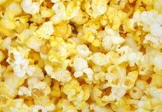 Fond jaune de maïs éclaté Photographie stock libre de droits
