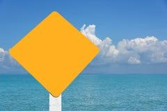 Fond jaune de paysage marin d'étiquette Photos stock