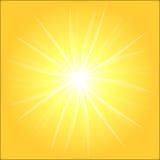 Fond jaune de rayon de soleil illustration de vecteur