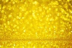 Fond jaune du jour de mère de cercle de forme de Bokeh d'or avec les lumières d'or lumineuses de scintillement pour la Saint-Vale photographie stock libre de droits