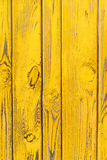 Fond jaune en bois photo libre de droits