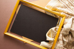 Fond lumineux avec la draperie grise et le grand espace de copie Image stock