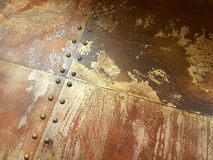 Fond métallique industriel rouillé admirablement âgé de plats Photographie stock