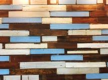 Fond matériel en bois pour le cru Image stock