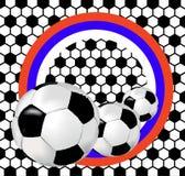 Fond noir et blanc avec des ballons de football et le drapeau de la Russie Images libres de droits