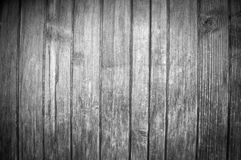 Fond noir et blanc avec la belle structure des conseils en bois verticaux photographie stock