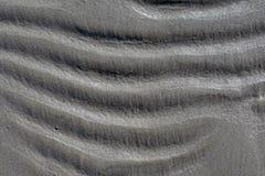 Fond onduleux de sable de plage, vagues horizontales images stock