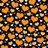 Fond orange, blanc et noir de répétition de modèle de tuile de coeurs Image libre de droits