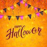 Fond orange de Halloween avec des fanions et des flammes Photographie stock libre de droits