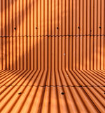 Fond orange de toit de feuillard Images libres de droits