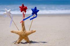 Fond patriotique des Etats-Unis avec des étoiles de mer Photographie stock libre de droits