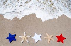 Fond patriotique des Etats-Unis avec des étoiles de mer Photo stock