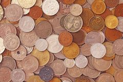 Fond Pièces de monnaie de partout dans le monde photos libres de droits