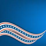 Fond pour une carte d'invitation ou une félicitation Rubans onduleux les couleurs du drapeau des Etats-Unis Photographie stock libre de droits