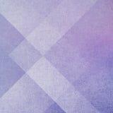 Fond pourpre abstrait avec des couches géométriques de rectangels et de formes de triangle Images libres de droits