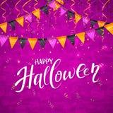 Fond pourpre de Halloween avec des fanions et des flammes Images libres de droits